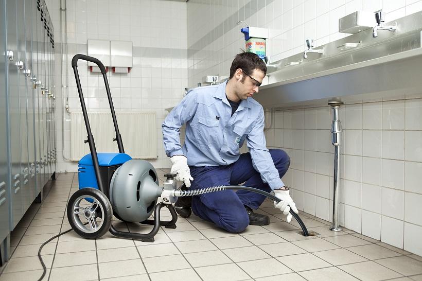 plombier débouchage manage